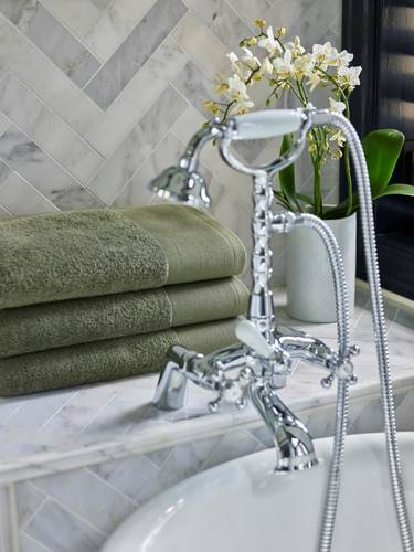 Halvor Bakke badehåndkle grønn 70x140
