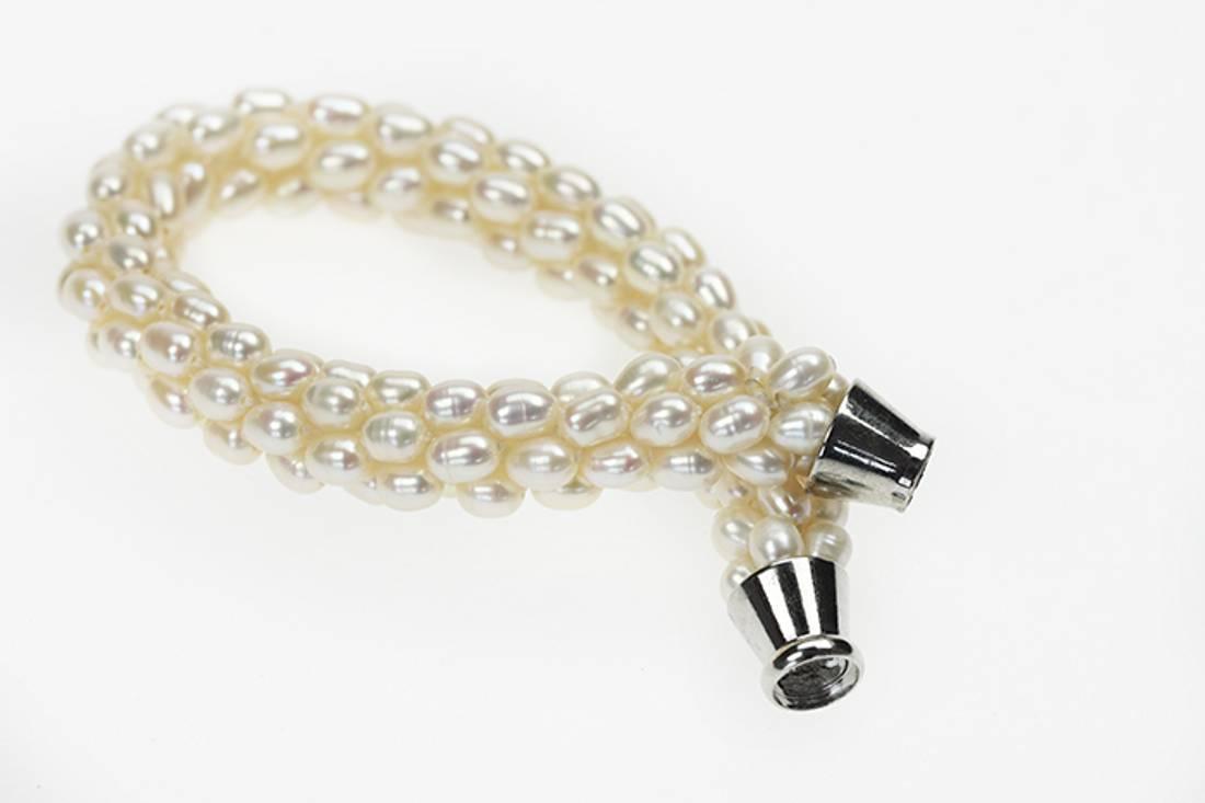 Perlearmbånd med magnetlås, kremhvit